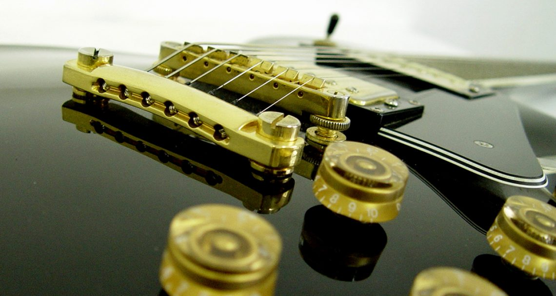 The Best Mini Electric Guitar Under 200 Hear The Music Play