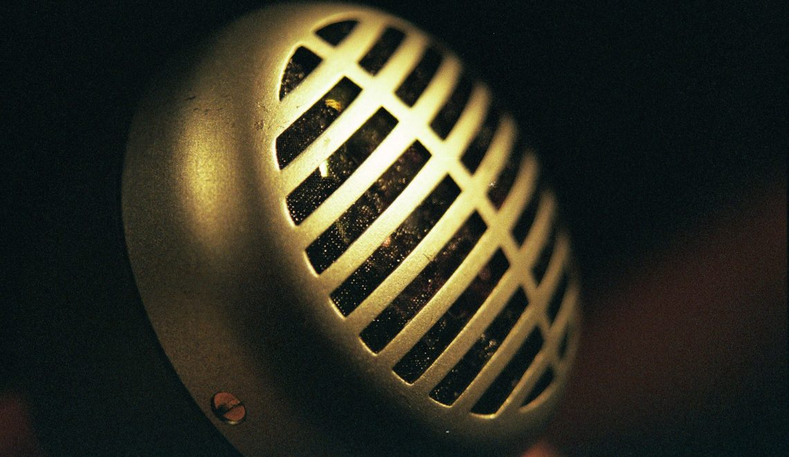 Hear Every Note: The Best Harmonica Microphones Today