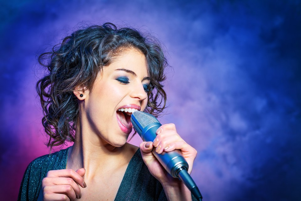 Rock the Mic with the Top Trouble-Free Karaoke Systems
