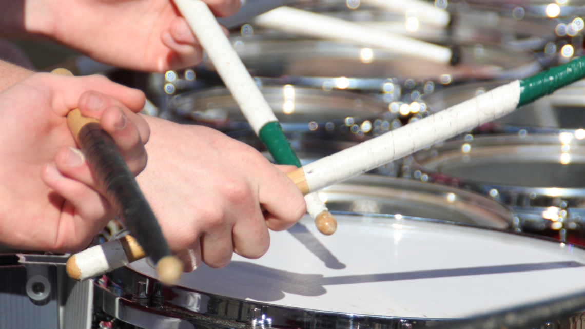 Marching Snare Drums: Keeping the Beat in Style ⋆ Hear the